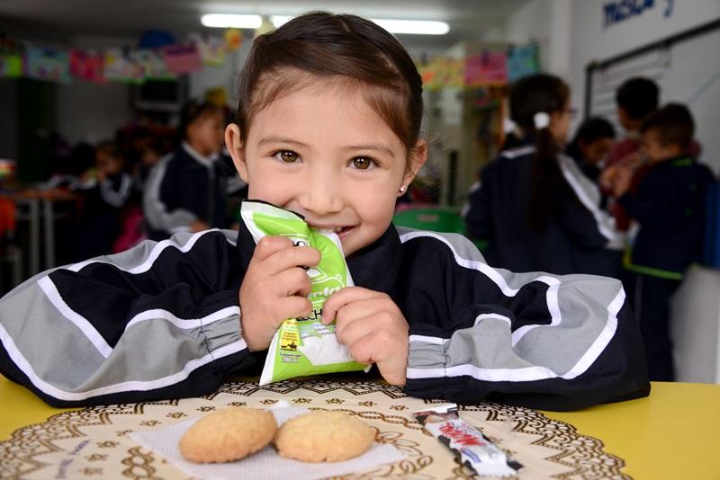 Cambios en la entrega de refrigerios escolares en Bogotá por medida de  aislamiento preventivo   Secretaría de Educación del Distrito